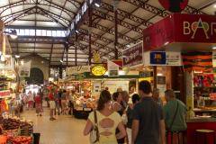 In der Markthalle in Narbonne