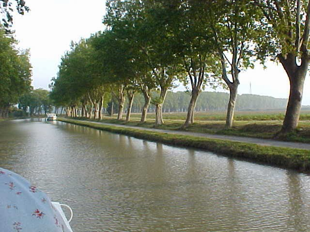 bend in the long canal
